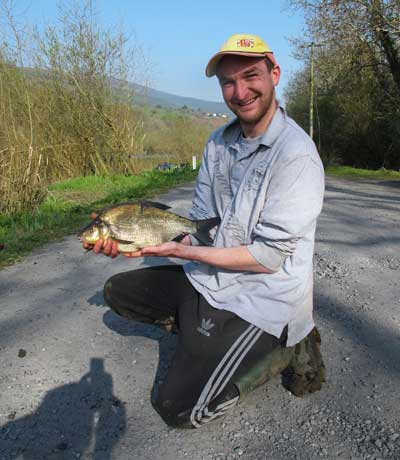 Keith Marsella with Bream from the Barrow