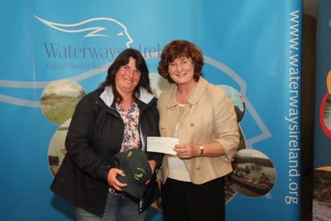 Dawn Livingstone, Waterways Ireland presenting 4th place prizes to Lorraine Story, Co. Antrim.